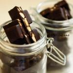 Evde Çikolata Yapımı: Bal Bademli Çikolata....