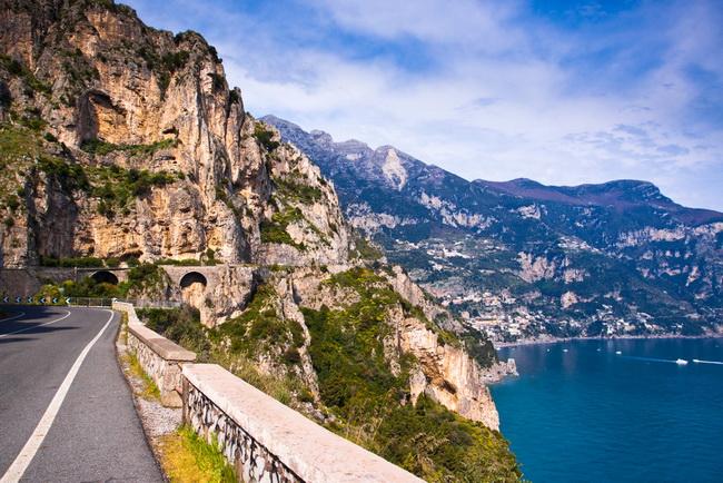 amalfi road1