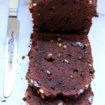 Çikolatalı ve Fındıklı Dolu Dolu Bir Kek